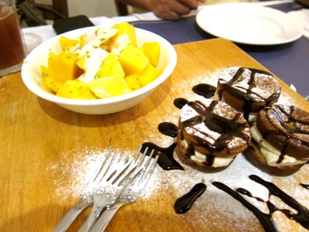 Dessert: Homemade Pancake with Cream Cheese Fillings & Mangoes with homemade yogurt